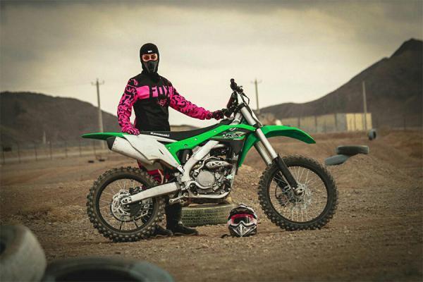 اولین بانوی موتورسوار ایرانی به wmx مسابقات جهانی موتورکراس راه یافت